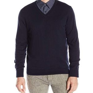 NWT! Perry Ellis Classic solid v-neck sweater